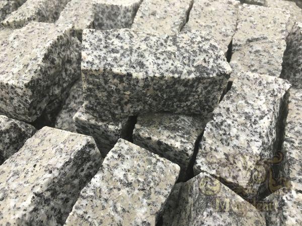 Šķelts granīts 10x20