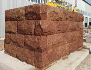 krastu nostiprināšana ar akmens blokiem