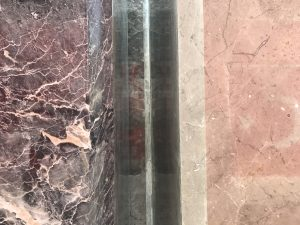 akmens plāksnes