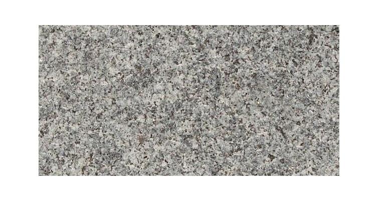 G654 tumši pelēks dedzināts granīts
